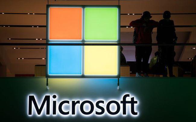 Sự hồi sinh và hành trình lật đổ Apple, trở thành công ty công nghệ giá trị nhất thế giới của Microsoft